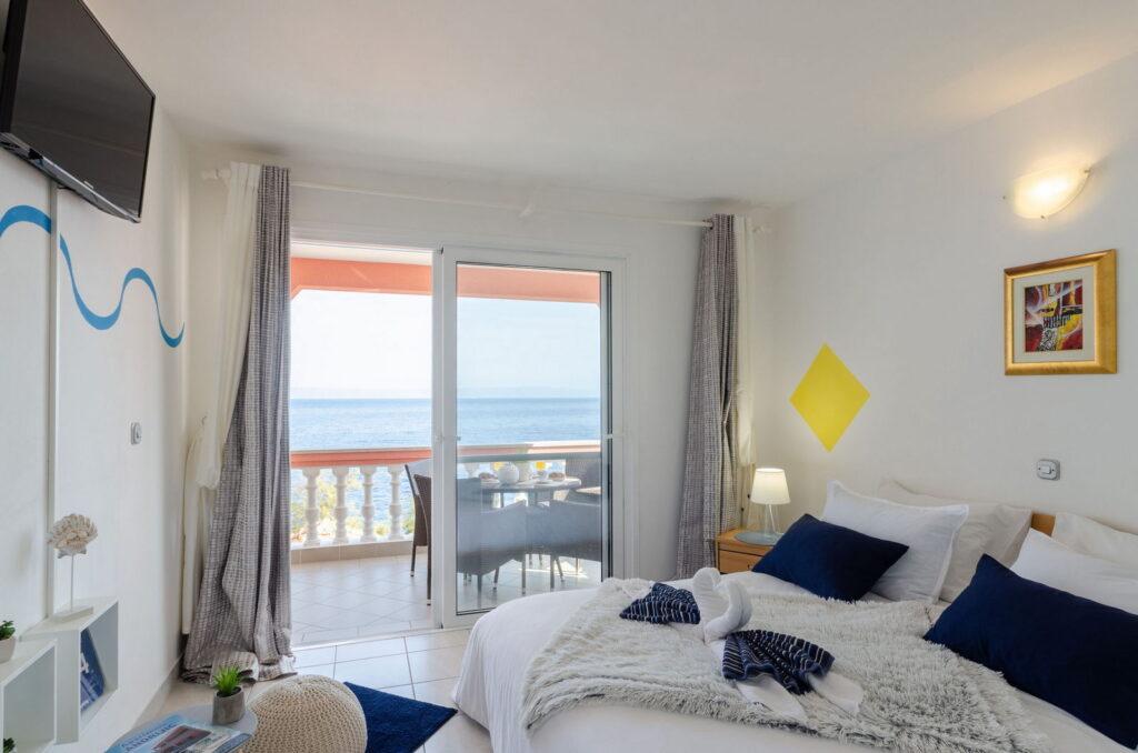 summeronkorcula apartment gariful bedroom 09 2020 pic 01 1024x678