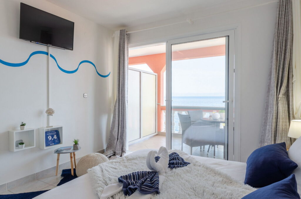 summeronkorcula apartment gariful bedroom 09 2020 pic 02 1024x678