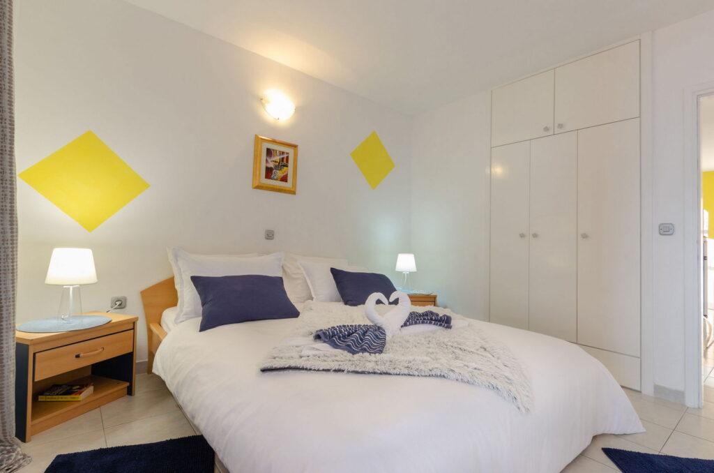 summeronkorcula apartment gariful bedroom 09 2020 pic 05 1024x678