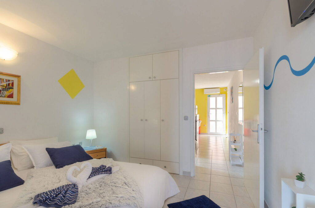 summeronkorcula apartment gariful bedroom 09 2020 pic 06 1024x678