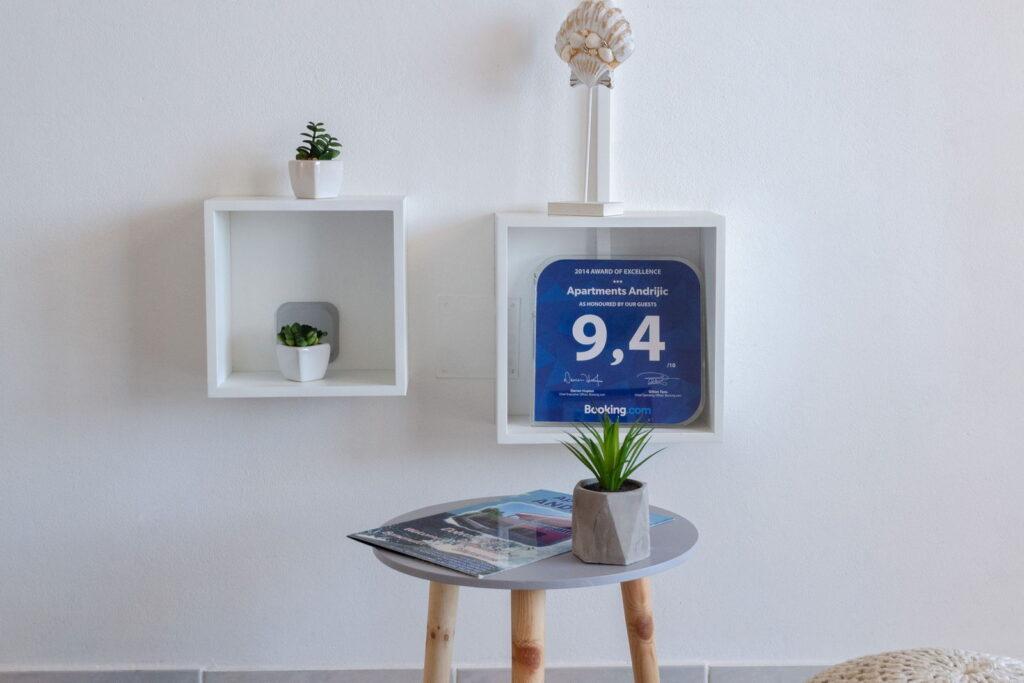 summeronkorcula apartment gariful bedroom detail 09 2020 pic 03 1024x683