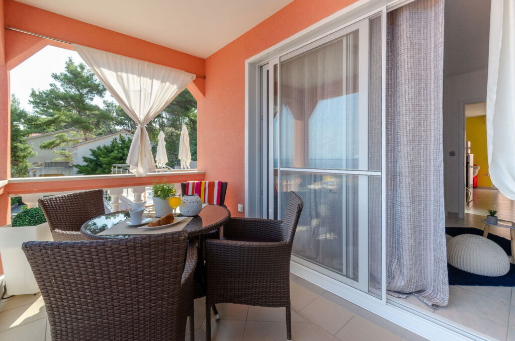 summeronkorcula apartment gariful terrace 09 2020 pic 03 1024x678