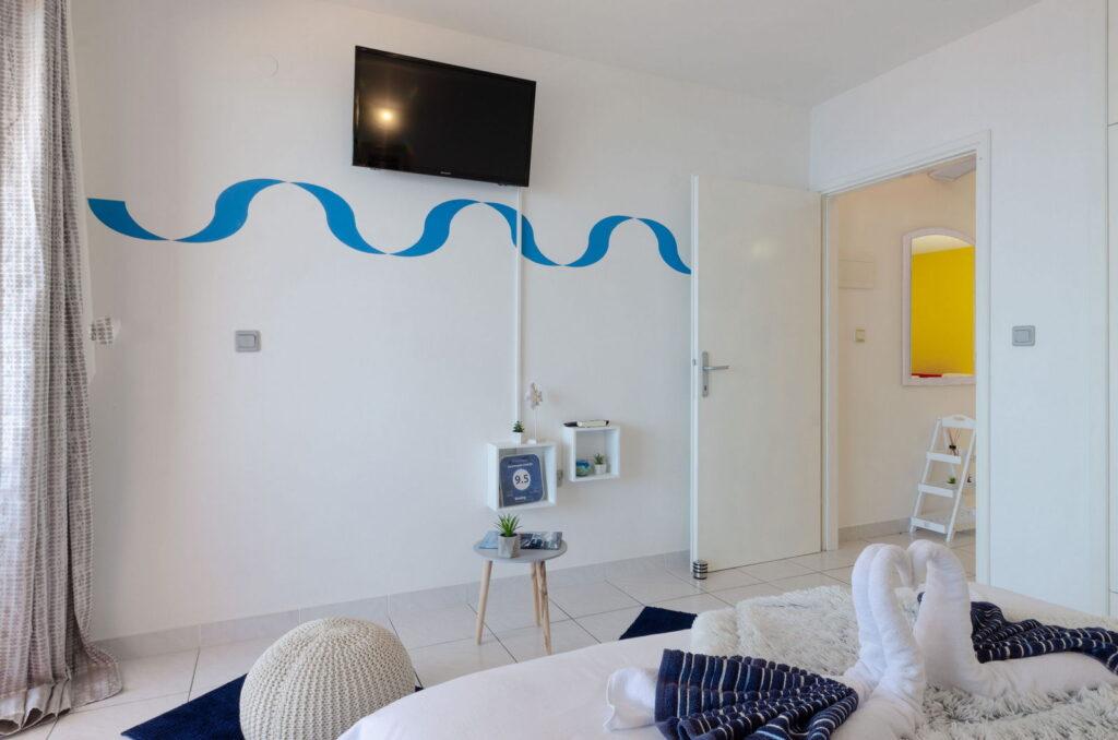 summeronkorcula apartment mimoza bedroom 09 2020 pic 04 1024x678