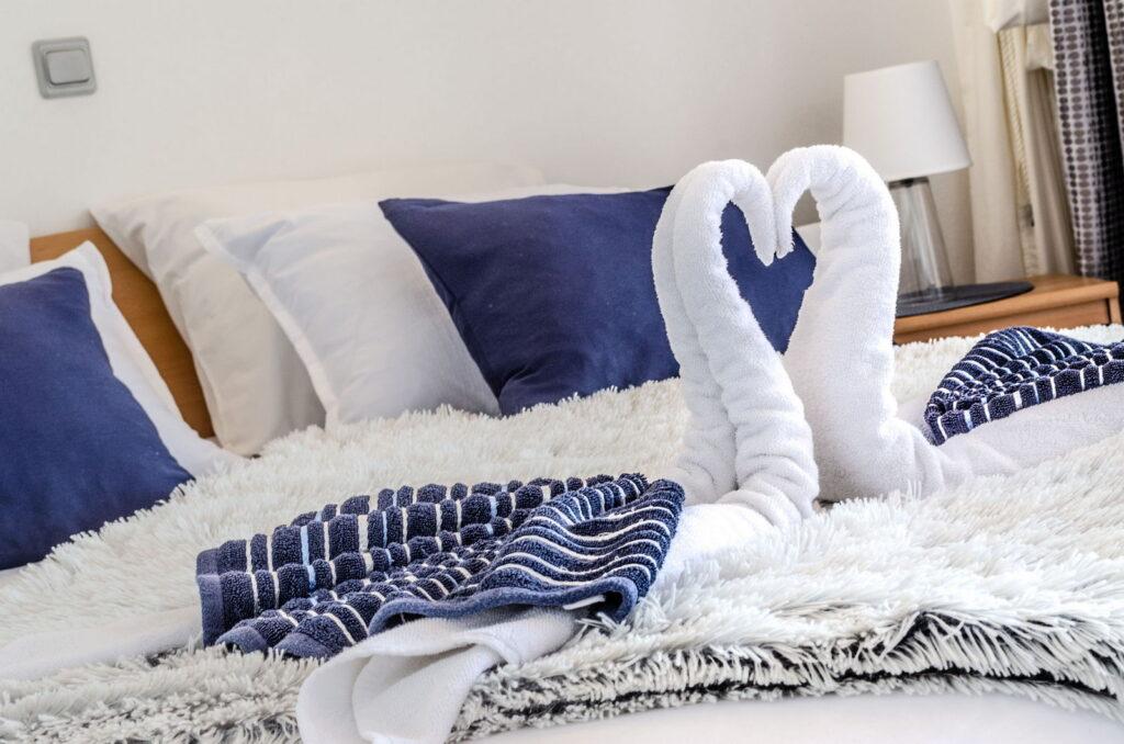 summeronkorcula apartment mimoza bedroom detail 09 2020 pic 03 1024x678