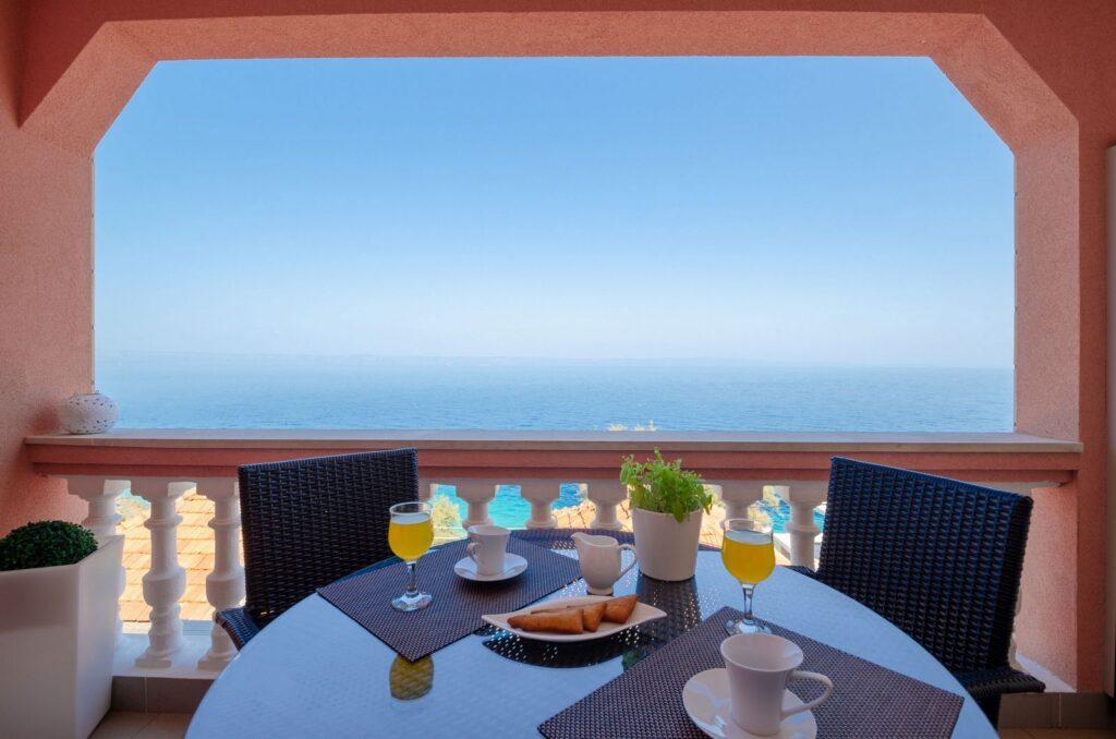 summeronkorcula apartment mimoza terrace 09 2020 pic 01 1024x678