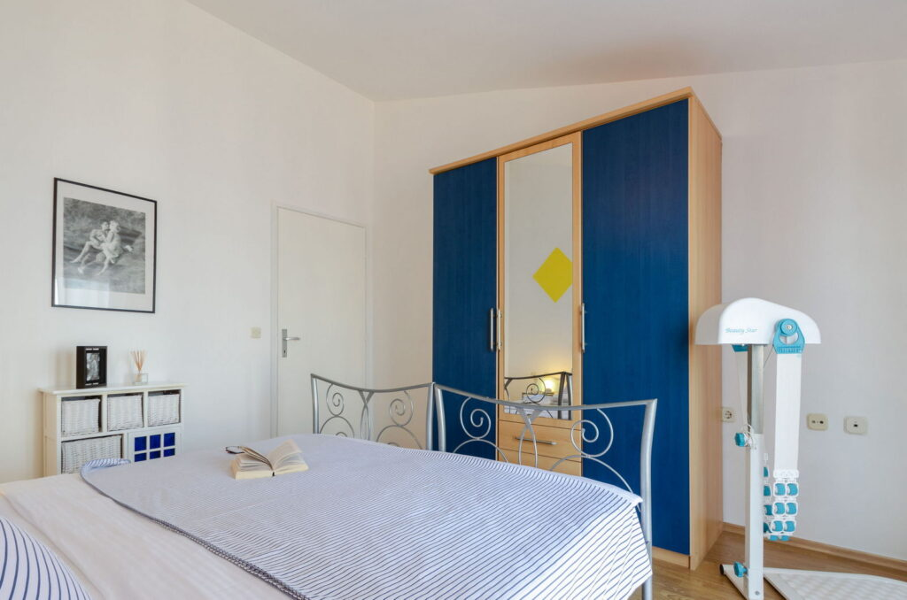 summeronkorcula apartment ruzmarin bedroom1 09 2020 pic 05 1024x678