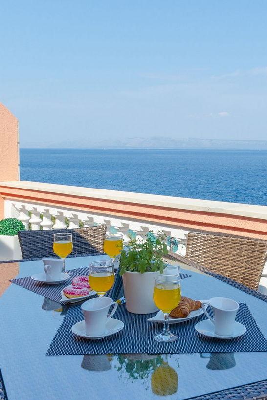 summeronkorcula apartment ruzmarin terrace 09 2020 pic 12 edit