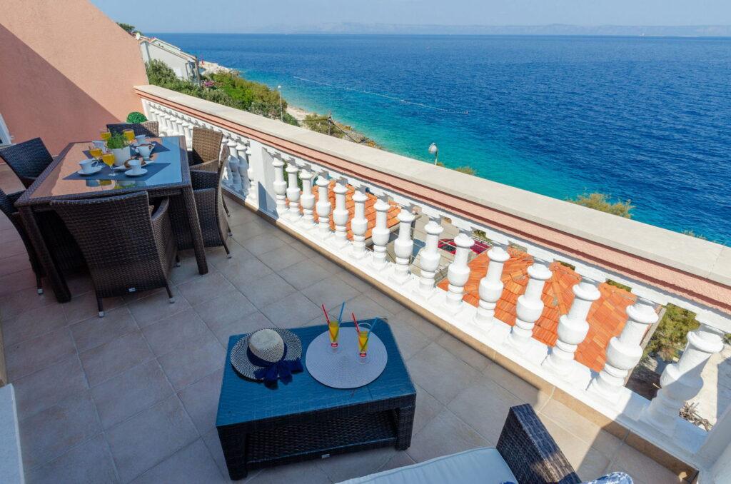 summeronkorcula apartment ruzmarin terrace 09 2020 pic 13 1024x678