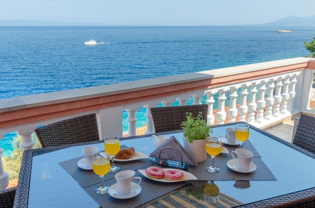 summeronkorcula apartment ruzmarin terrace 09 2020 pic 16 1024x678