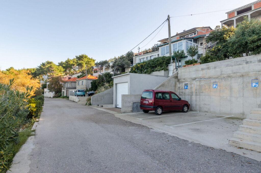 summeronkorcula parking 01 1024x678