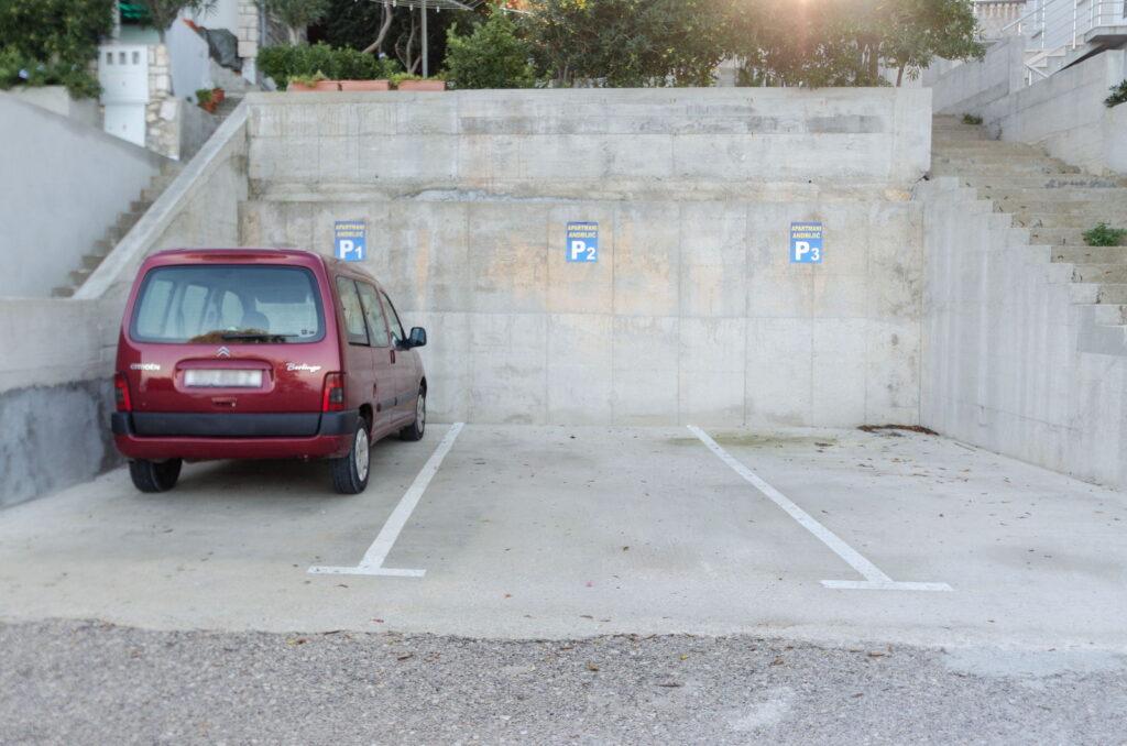 summeronkorcula parking 03 1024x678